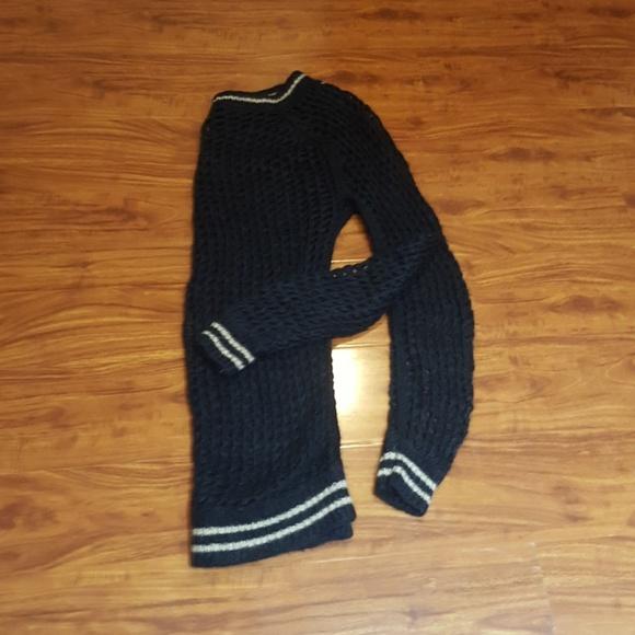 Ermanno Scervino Sweaters - Ermanno Scervino navy/oatmeal stripe sweater sz S!